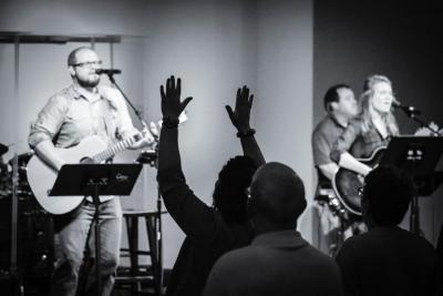 Worship at Ben Davis Christian Church in Indianapolis